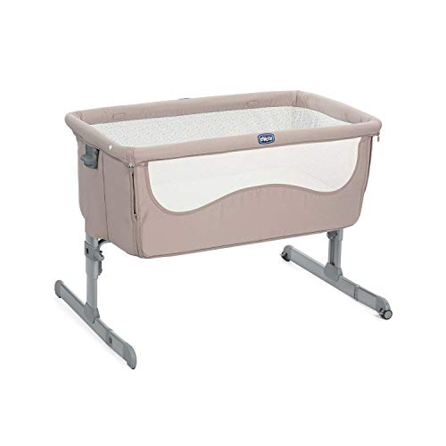 Chicco Next2Me Bedside Baby Crib Chick to Chick - Co-Sleeping Baby Cot with Mattress, Detachable Side, Adjustable Height, Mesh Window, Wheels and Travel Bag - 0-6 Months, 9 kg