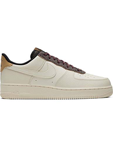 Nike Air Force 1 07 LV8 4, Zapatillas de básquetbol para Hombre, Fossil Fossil Wheat Shimmer Club Gold Black, 45.5 EU