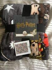 Mugs Factory Manta Harry Potter Personajes Harry, Ron, Hermione, Hagrid, Licencia Oficial 120x150cm