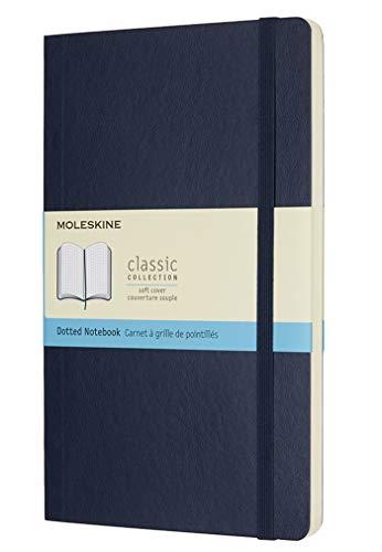 Moleskine Classic Notebook, Taccuino con Pagine Puntinate, Copertina Morbida e Chiusura ad Elastico, Formato Large 13 x 21 cm, Colore Blu Zaffiro, 192 Pagine