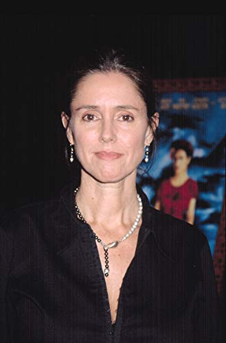 Posterazzi Poster Print Collection Julie Taymor at Screening of Frida Ny 9242002 by Cj Contino Celebrity (16 x 20)