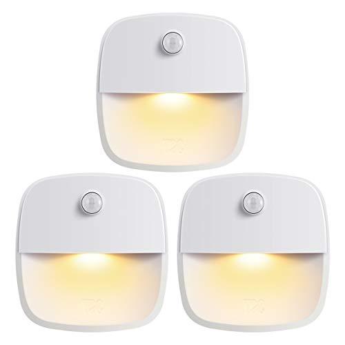 ORIA LED Nachtlicht Bewegungsmelder, Batteriebetriebenes LED Licht 3 STK, Treppenlicht mit Doppelseitiger Klebstoff, Sicheres Licht, ideal für Badezimmer, Flur, Schlafzimmer, Küche (Warmweiß)