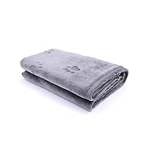 YINXUE 2 Pack Soft Pet Flannel Blanket with Cute 3D Paw Design, 30″ x 40″ Warm Dog Cat Sleep Mat Bed Cover (Grey)