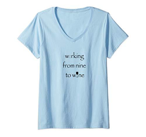 Damen Working from nine to wine | wine | Wein | vino T-Shirt mit V-Ausschnitt