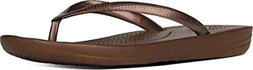 FitFlop Women's iQushion Ergonomic Flip-Flops Bronze 07 & Sunscreen Spray Bundle