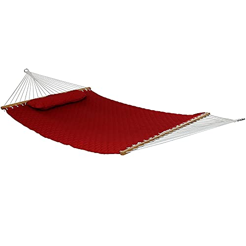 Sunnydaze 2-Person Quilted Designs Fabric Hammock with Spreader Bars and Detachable Pillow, Heavy Duty 440-Pound Capacity, Red