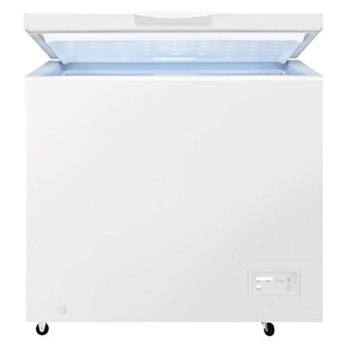 Zanussi ZCAN20FW1 Freestanding Chest Freezer with wheels, 198L Capacity, White