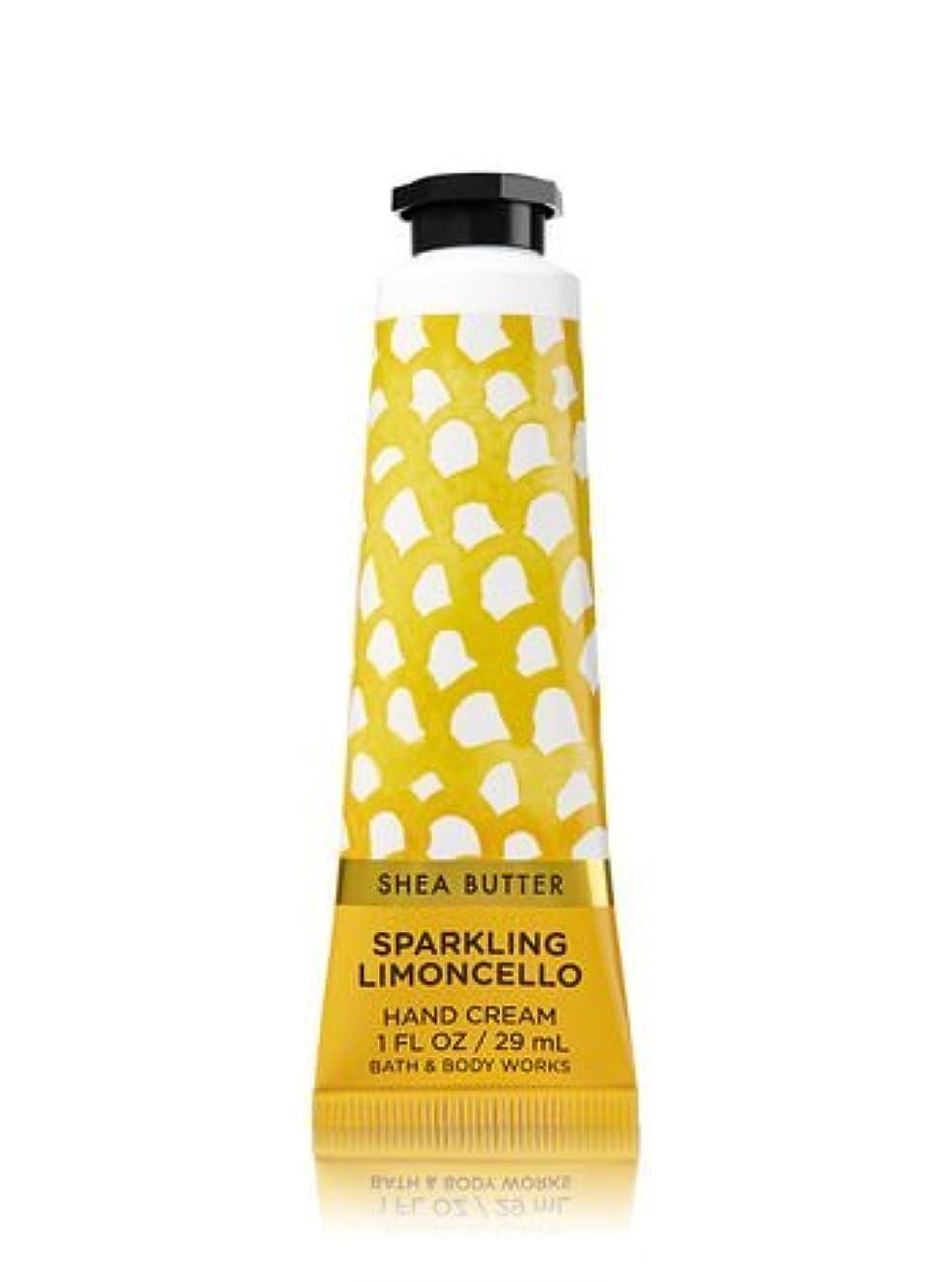 さまようコントラストたまに【Bath&Body Works/バス&ボディワークス】 シアバター ハンドクリーム スパークリングリモンチェッロ Shea Butter Hand Cream Sparkling Limoncello 1 fl oz / 29 mL [並行輸入品]