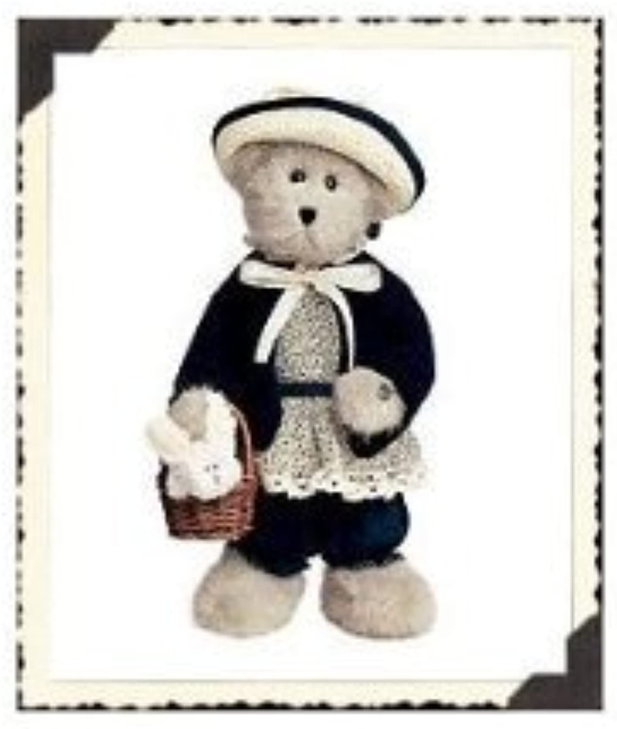 Aunt Mable w snowy 12 Boyds Bear Introduced April 2002 by T.J.'s Best Dressed Series