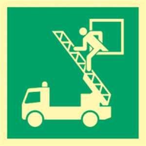 Schild Rettungsausstieg gemäß DIN 7010 langnachleuchtend Leuchtdichte: 52 mcd/m² PVC 20x20 cm (Notausgang, Notausstieg) praxisbewährt, wetterfest