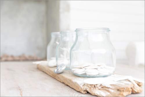 Póster 100 x 70 cm: Jars on a Rustic Wooden Plate de CAIA Image/Mauritius Images - impresión artística, Nuevo póster artístico