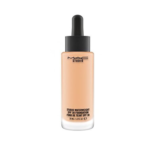 MAC Studio Waterweight Foundation NC30, 30 ml