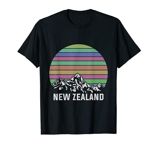 NZ Mountains シダのキウイ ギフトアイデア ニュージーランド Tシャツ