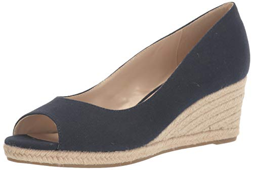 Bandolino Footwear Women's Wedge Sandal, Navy, 7 M