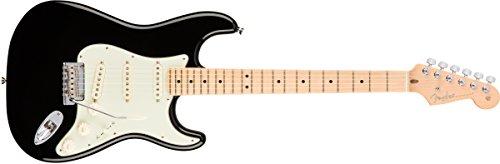 Fender エレキギター American Pro Stratocaster®, Maple Fingerboard, Black 113012706