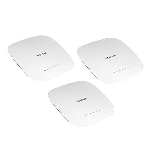 Netgear WAC540B03 WLAN Access Point (3er Set Tri-Band AC3000 Speed, Wave 2 für 600 simultane Clients, 1G LAN-Port, 4x4 MU-MIMO, Lokales oder Insight Remote Management, PoE-powered - Netzteil optional)