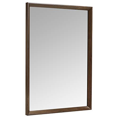 AmazonBasics Espejo para pared rectangular, 50,8 x 71,1 cm - marco biselado, nogal