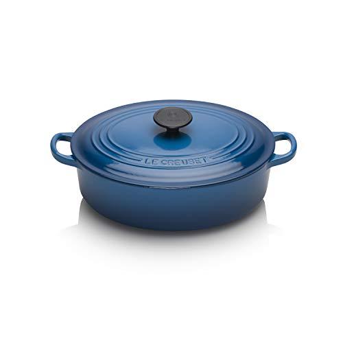 Le Creuset Tradition Cocotte Basse en fonte avec Couvercle, Ø 27 cm, Ovale, Convient à tous les types de cuisinières (induction incluse), Volume : 4,1 L, 5,180 kg, Bleu (Marseille)
