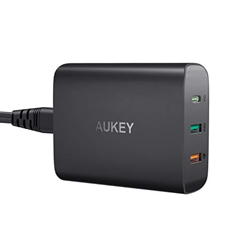 AUKEY USB C Caricatore con 46W Power Delivery 3.0 & 2 Porta Caricatore Cellulare per MacBook/PRO, dell XPS, Nintendo Switch, Samsung S9/S8, Google Pixel, iPhone XS/XS Max/XR, iPad e Altro