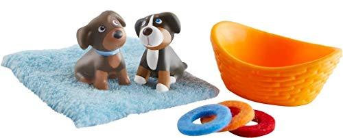 HABA 304751 - Little Friends – Hundewelpen, Haustiere für die Little Friends, mit 2 Hundewelpen, Hundekorb, Decke und 3 Frisbees, aus Kunststoff für lange Spielfreude, ab 3 Jahren