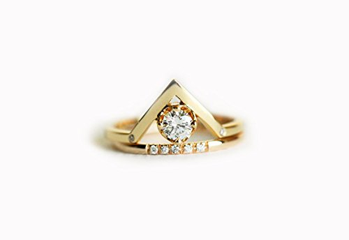 0.25 carat diamond engagement ring, 18k yellow gold diamond ring, V diamond ring, Curved diamond ring, 18k solid gold (0.25 Ct Dazzling Diamond)