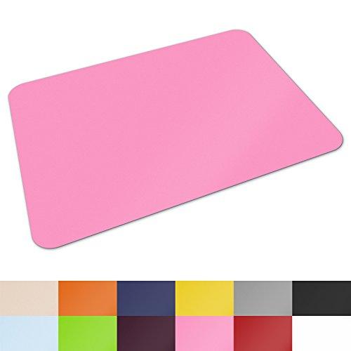Schreibtischunterlage von Office Marshal® | hochwertige Tischauflage für Büro und Schule | abwischbar | rutschfest | 65x50 cm | rosa