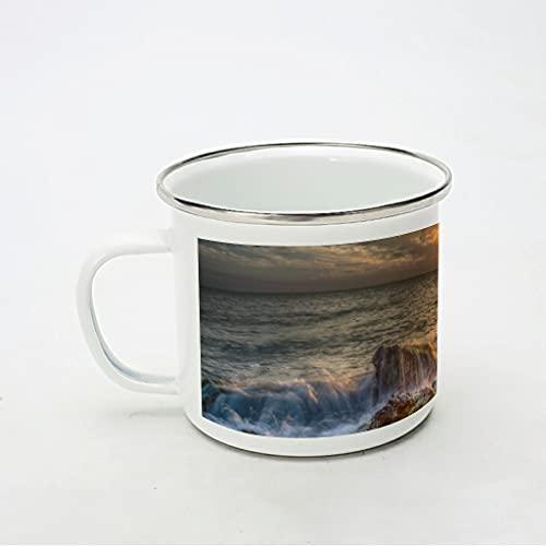 KittyliNO5 Taza esmaltada con amanecer, puesta de sol, agua, rocas, paisaje, reutilizable, portátil, taza de café, taza de té para camping y trekking, color blanco, 350 ml