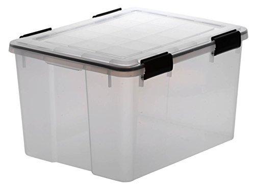 XL Lagerbox aus transparentem Kunststoff mit Dichtungsring im Deckel für Nässe, Staub und Schmutz. Maße ca. 39 x 59 x 29 cm. 50 Liter Volumen. TOP QUALITÄT!