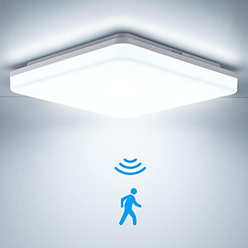 LED Deckenleuchte mit Bewegungsmelder, 24W 2400LM IP54 Deckenlampe mit Bewegungsmelder 4000K, LEOEU Sensor Leuchten für Garage Bad Flur Balkon Carport Keller Treppen, 28X28X4.8CM