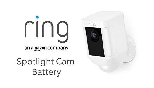 Ring Spotlight Cam Battery von Amazon | HD Sicherheitskamera mit LED Licht, Sirene und Gegensprechfunktion, Batterie betrieben, weiß | Mit 30-tägigem Testzeitraum für Ring Protect