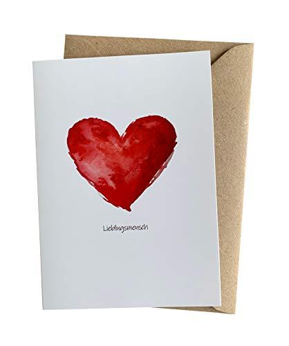 Herzfunkeln® Lieblingsmensch Karte für Freundin, Freund, Frau & Mann mit rotem Herz in DIN A6 - Umschlag aus Recyclingpapier - Liebe Grußkarte zum Jahrestag, Valentinstag, Hochzeitstag & Freundschaft