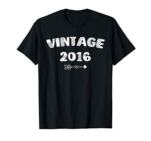 4th Birthday Gift Idea Vintage 2016 Gift Distressed T-Shirt