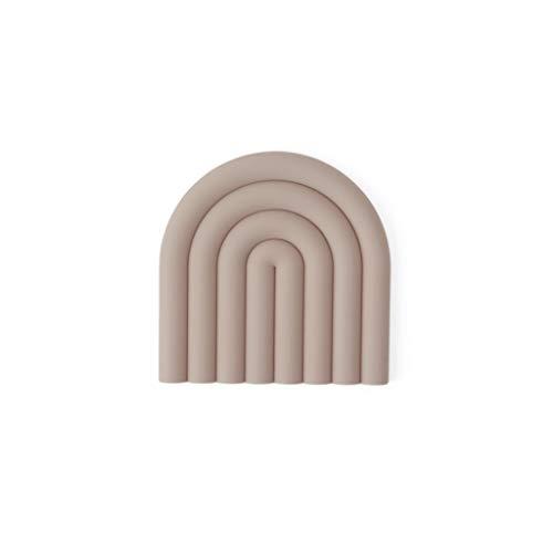 OYOY Living Design Trivet Caramel Rosa (L1101050-402): Topfuntersetzer hitzebeständig aus Silikon in Regenbogen Form - Vielseitig Einsetzbar - ca. 15x15 cm - 1101050-402