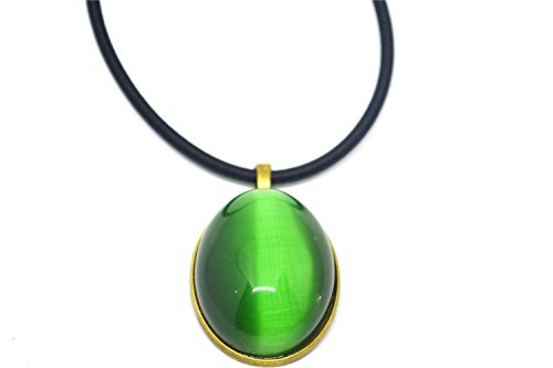 Collar con colgante de piedra ovalada de ojo de gato verde vintage