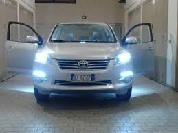 Kit phares Xenon Voiture lampes h11 6000°K 35 W adapté pour Toyota RAV4 de 2005 à 2013 + 2 filtres pour ballasts slim