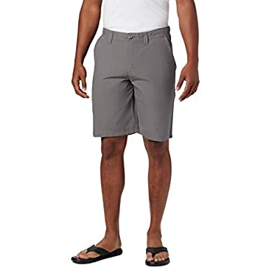 Columbia Men's Washed Out Comfort Stretch Casual Short, City Grey, 32x10