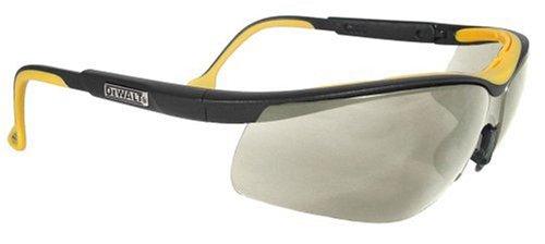 Dewalt DPG55-9C Gafas de seguridad de doble confort para interiores y exteriores de alto rendimiento con marco de goma de inyección dual y patillas