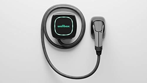 Wallbox Pulsar caricatore per auto elettriche con una potenza di carica fino a 7,4 kW, connettore di tipo 2 cavo da 5 m. Connettività Bluetooth.