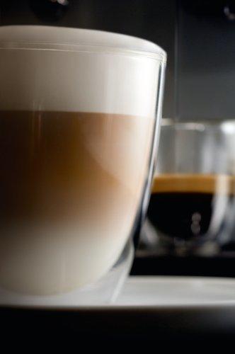 Saeco-HD875111-Intelia-Kaffeevollautomat-Keramikmahlwerk-Dampfdse-schwarz