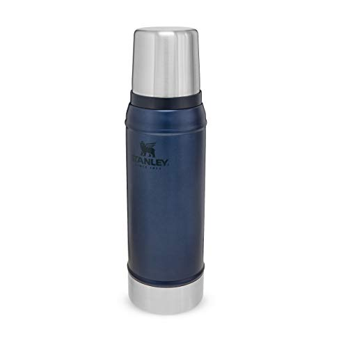 Stanley Classic Legendary Bottle 750 ml / 25OZ Nightfall - Edelstahl-Thermoskanne - BPA-frei -Hält heiß oder kalt - Deckel fungiert auch als Trinkbecher - Spülmaschinenfest - Lifetime Warranty