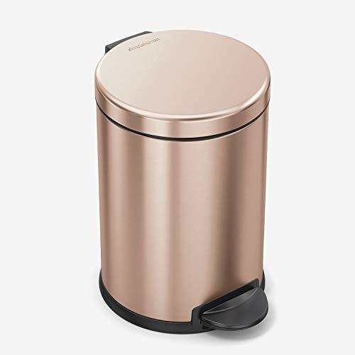 simplehuman, 4,5 Liter, runder Treteimer, Edelstahl roségold, 10 Jahre Garantie