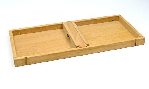 Holz-Bi-Ba-Butze Flitzpuck / Geschicklichkeitsspiel für 2 Spieler / Länge: 73 cm / Breite: 33 cm / Material: Buche, geölt / Gewicht: 2,5 kg