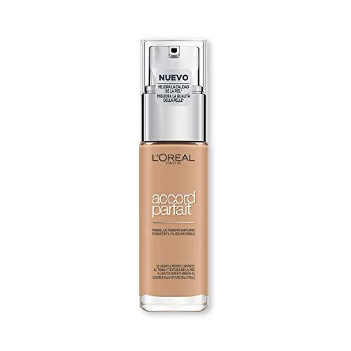 L'Oréal Paris MakeUp Fondotinta Accord Parfait, Effetto Naturale, Arricchito con Acido Ialuronico, 5.N Sable/Sand, 30 ml, Confezione da 1