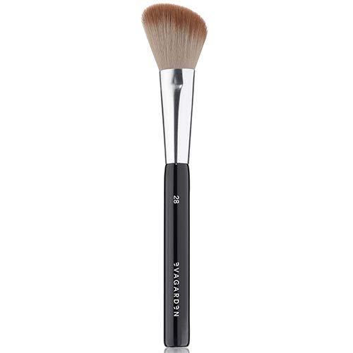 Angle Blush Brush No. 28