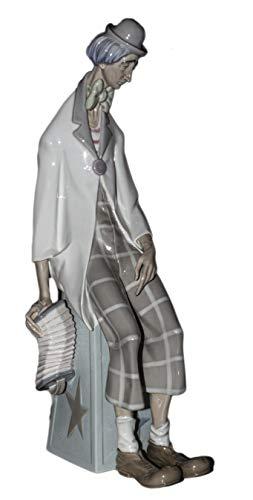 Lladro Figurine, 1027 Clown with Concertina
