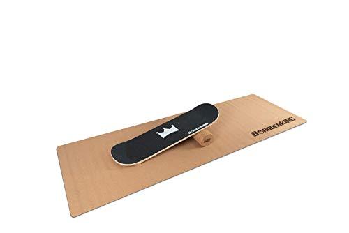 Tamaño del monopatín real: 79 x 23 cm. Con topes delanteros y traseros. Bucle hacia arriba en ambos lados. Logo grabado. Fabricado en Alemania.