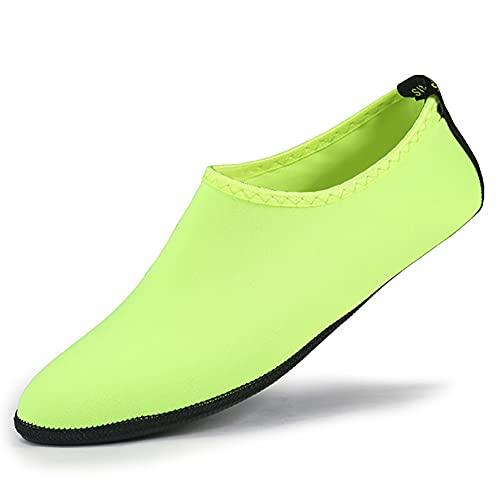 QAOSHOP 2 pairs Kids Beach Shoes Swim Water Shoes, Boys Girls Barefoot Aqua Socks for Children Pool Surfing Yoga Seaside Sport,C,M