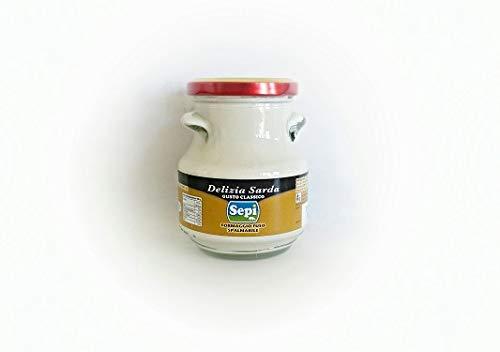 200 gr - Crema di formaggio pecorino realizzata dai produttori di Sepi. La crema di formaggio fuso spalmabile è una preparazione lattiero casearia prodotta da formaggio pecorino e ricotta