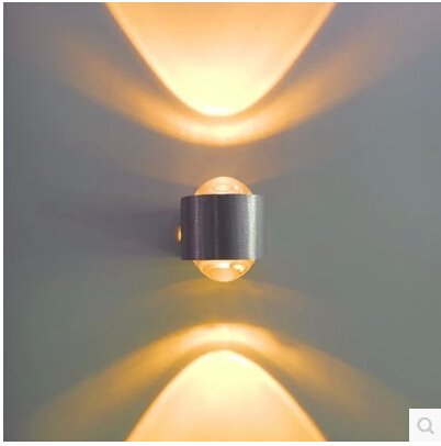 2W aluminium moderne mur LED 85-265V 2W RGB Colorful mur de LED mont¨¦ all¨¦e lumi¨¨re H?tel de chambre ¨¤ coucher