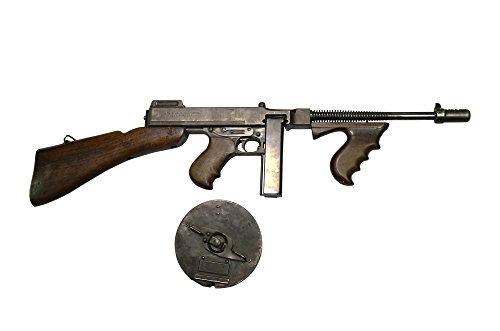 Andrew Chittock/Stocktrek Images – Thompson Model 1928 Submachine Gun with Drum Magazine. Photo Print (20,32 x 25,40 cm)